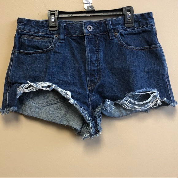 821c04694f Free People Pants - Free People raw hem button fly Denim shorts 30